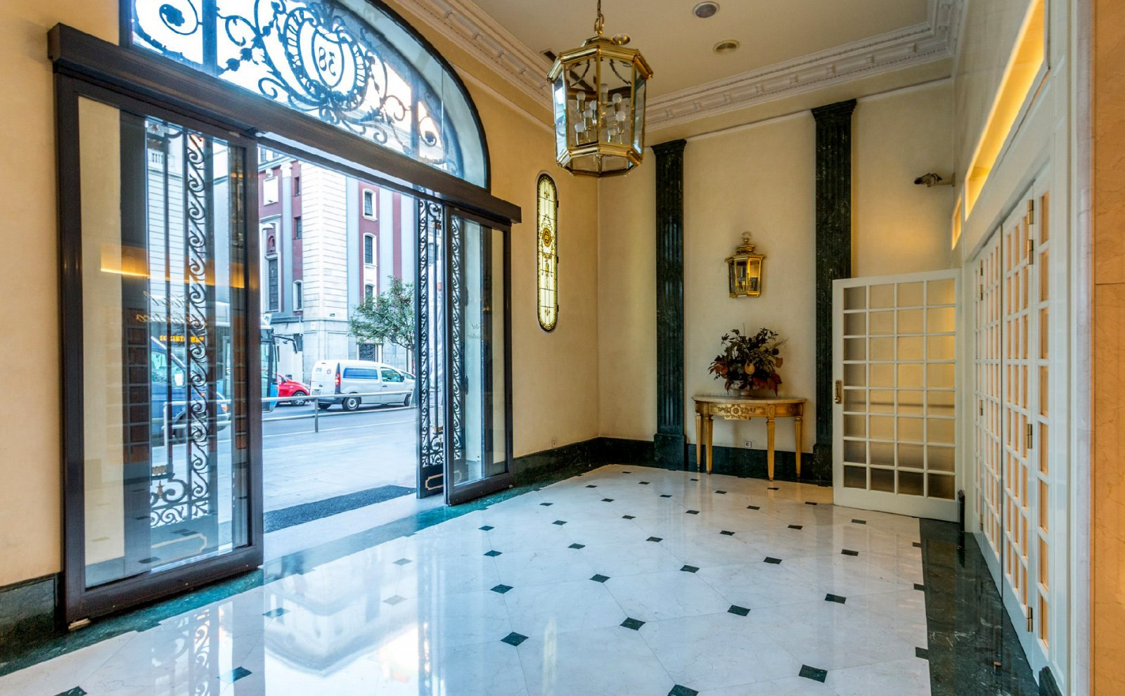4 star hotel in madrid hotel atlantico madrid 4 for Hotels madrid