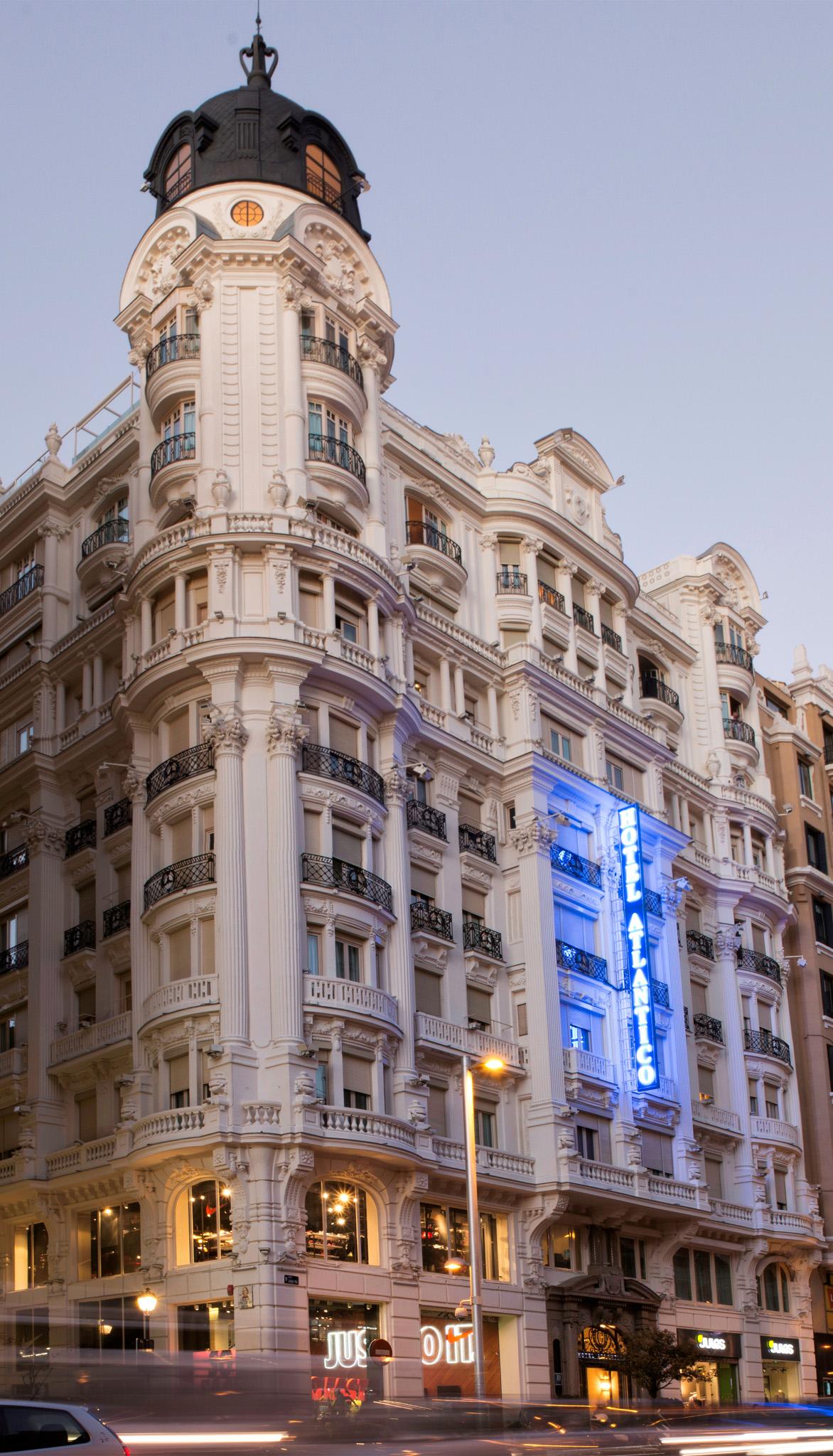 Hotel de lujo en gran via hotel atlantico madrid for Codigo postal del barrio de salamanca en madrid