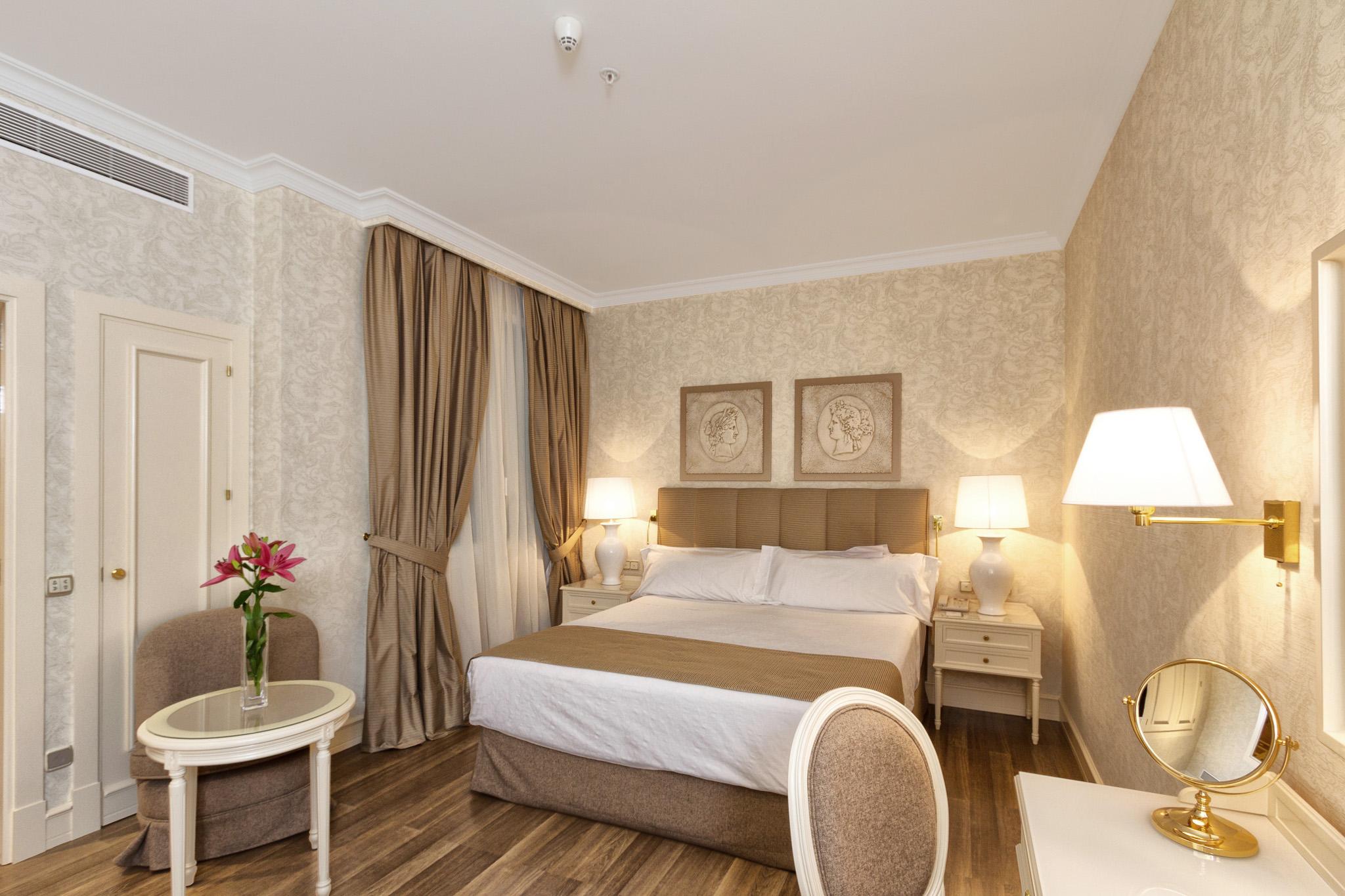 Habitaciones dobles superiores hotel atl ntico madrid for Habitaciones en madrid