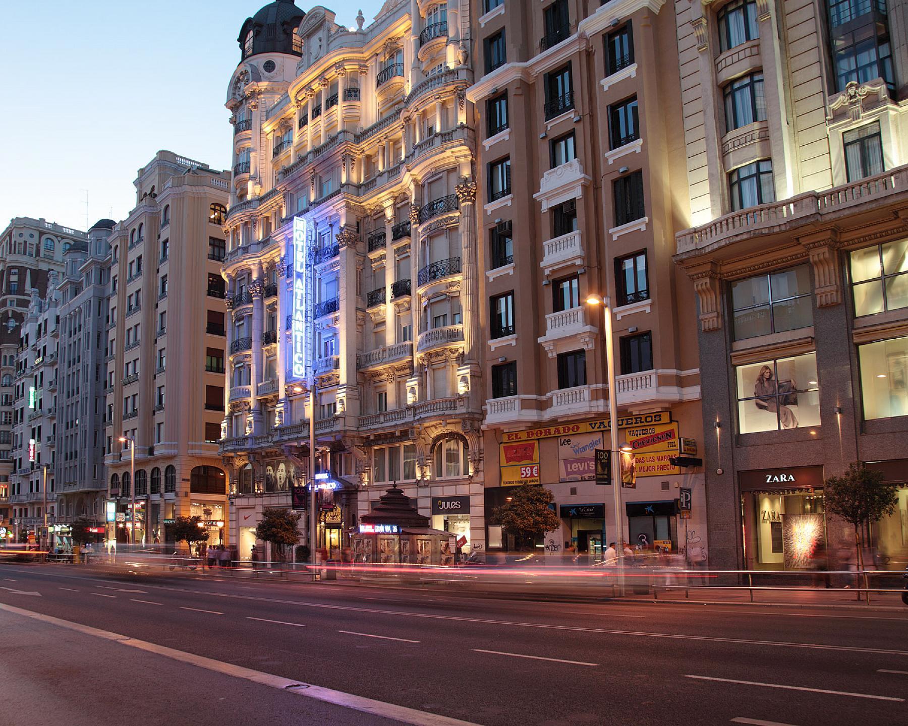 4bcb18ba44f80 100 years old Luxury hotel in Gran Via - Hotel Atlantico      Madrid